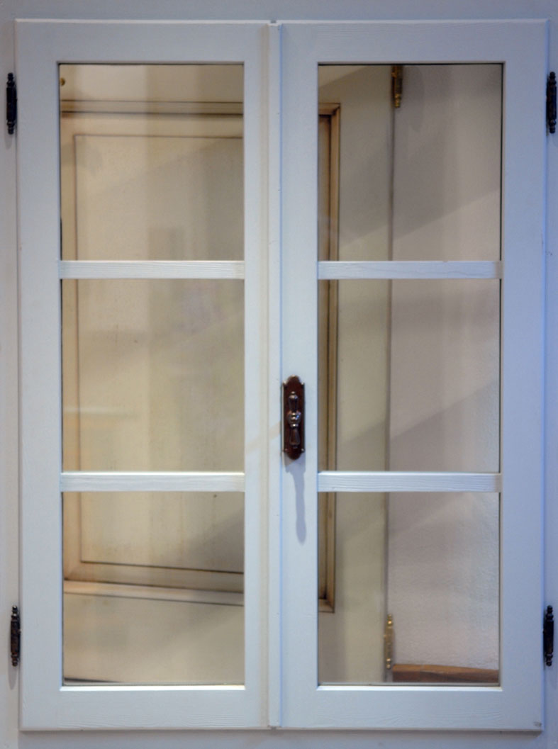 Cmb infissi finestre in legno massello verniciate - Verniciare finestre in legno ...