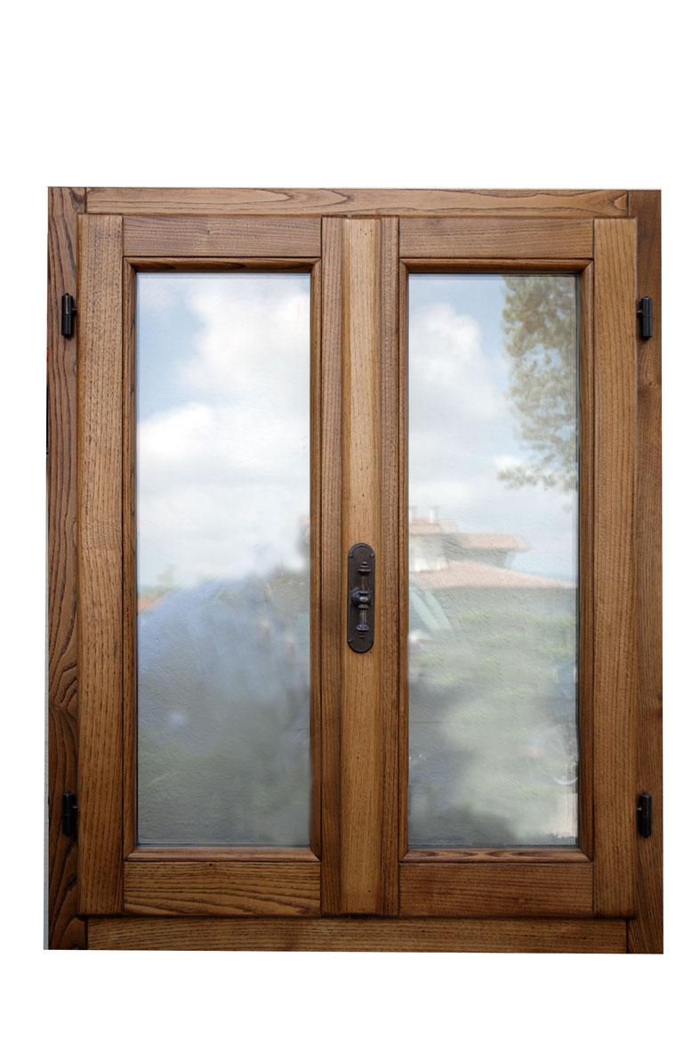 Cmb infissi finestra il legno massello modello novecento for Infissi finestre