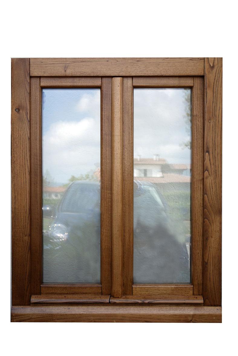 Cmb infissi finestra il legno massello modello novecento for Finestre infissi