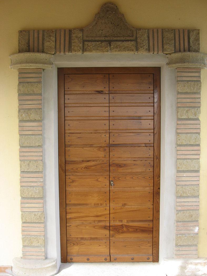 Amato in legno massello di Castagno invecchiato spazzolato, completo di  ZO33